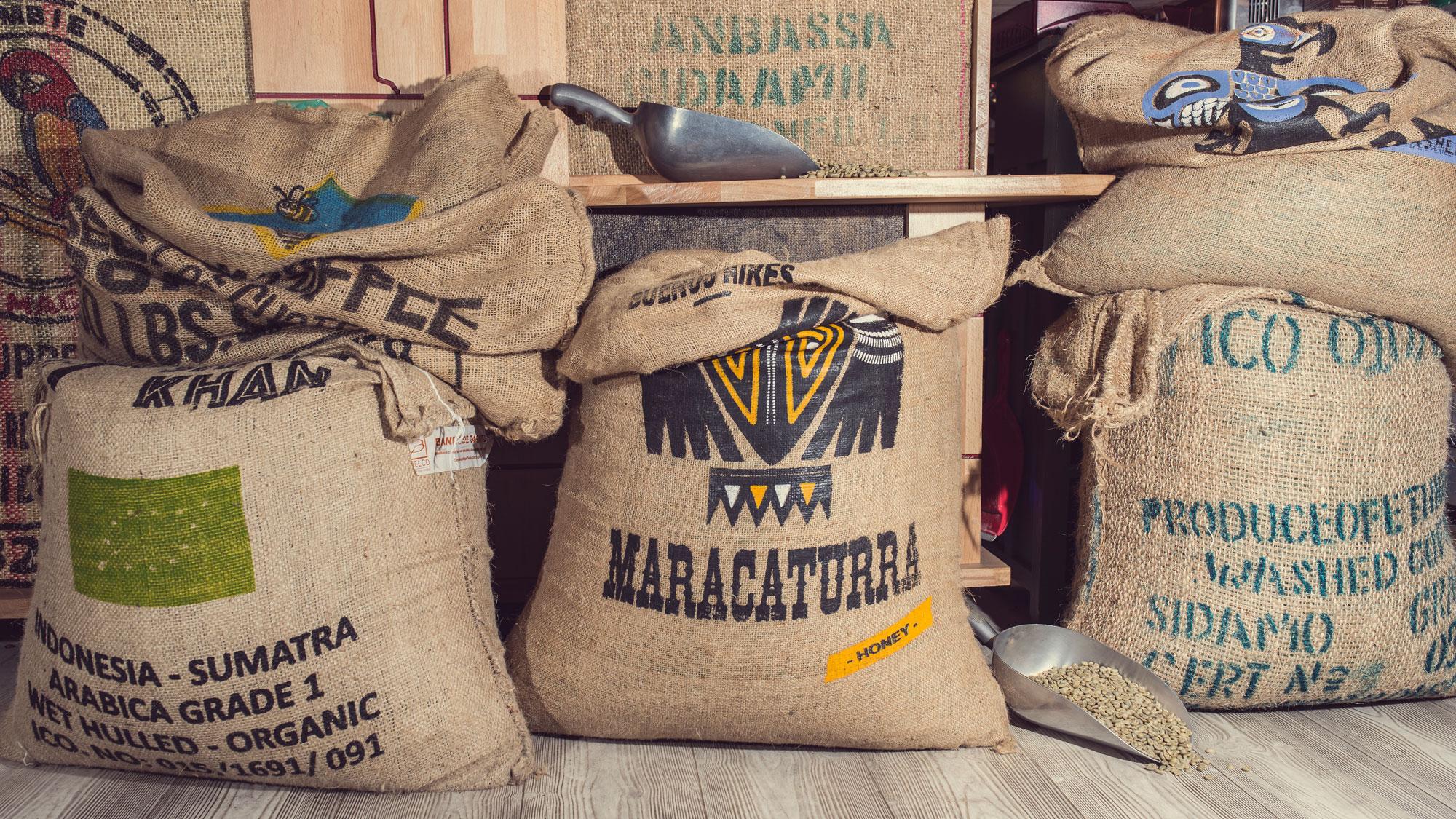 Anbassa-artisan-torrefacteur-au-service-de-la-tasse