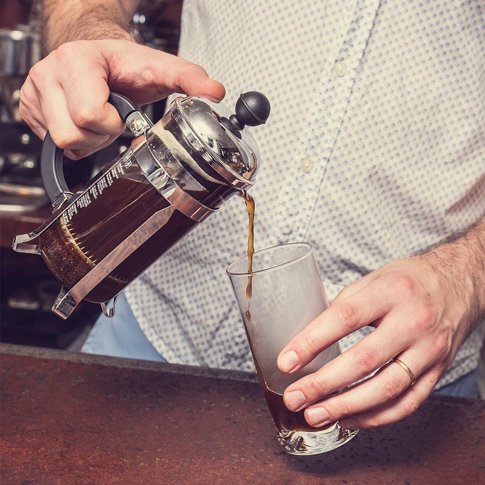 Anbassa-artisan-torrefacteur-preparer-son-cafe-cafetiere-a-piston-slide-6-4