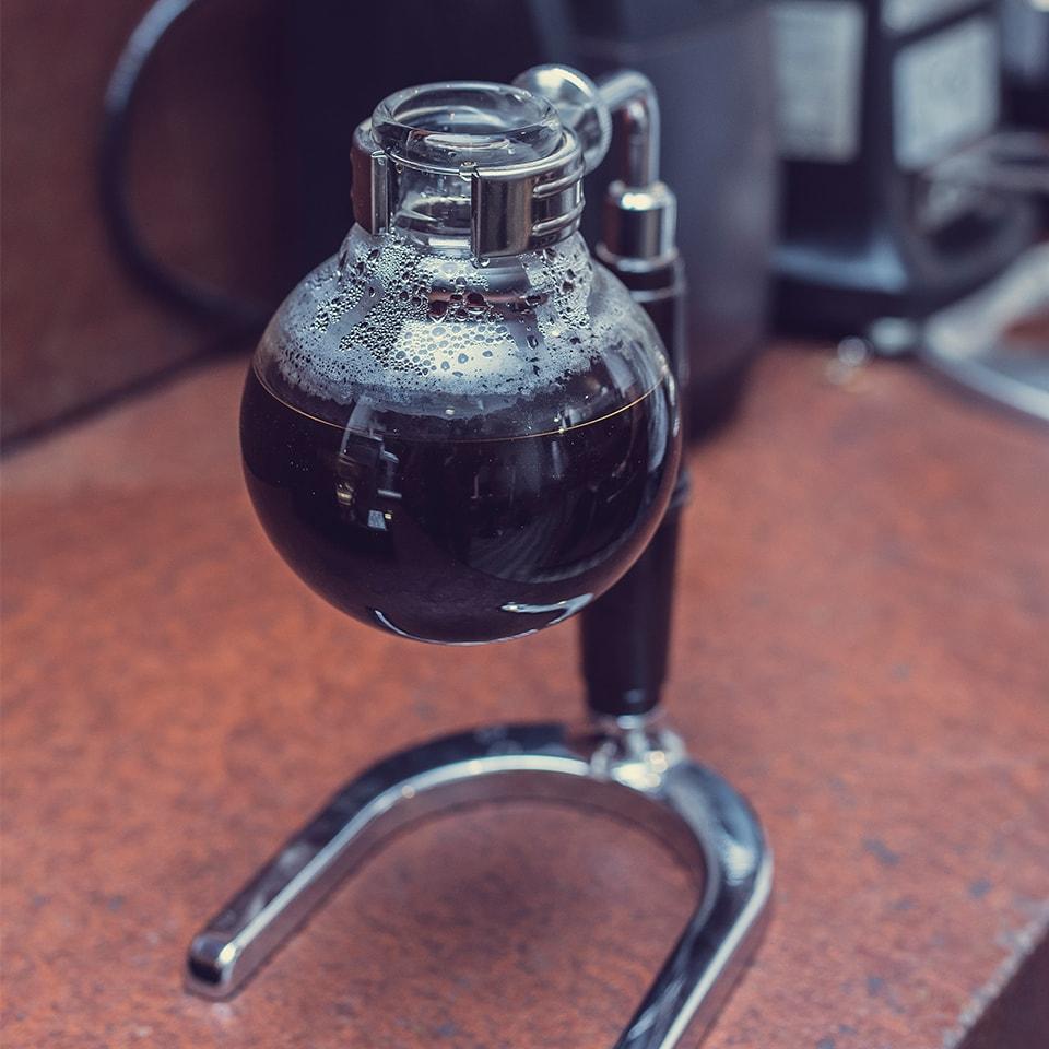 Anbassa-artisan-torrefacteur-preparer-son-cafe-syphon-slide-5-4