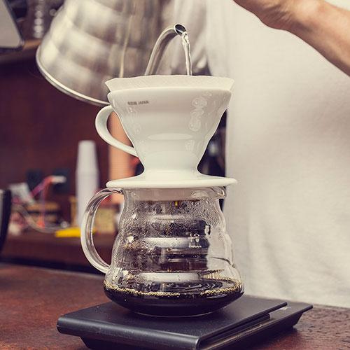 Anbassa Artisan Torrefacteur Preparer Son Cafe Filtre Slide 3 5